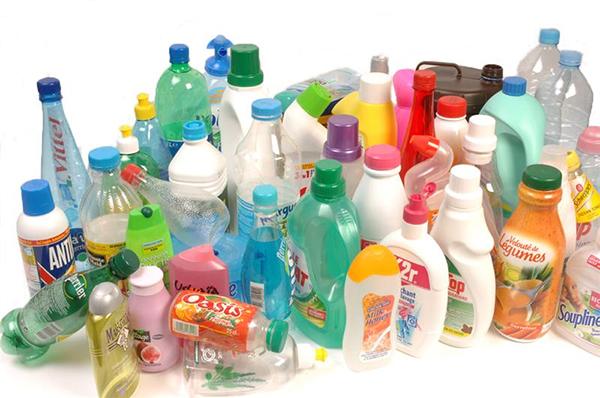 Les symboles du recyclage sur les emballages plastiques. Tout savoir.