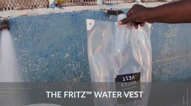 Le gilet d'eau Fritz Water Vest - Un emballage ingénieux