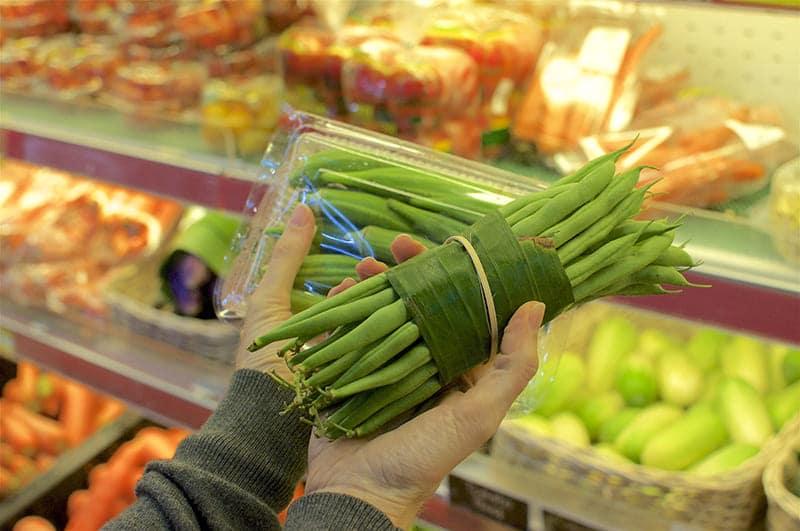 La feuille de bananier, un emballage vert