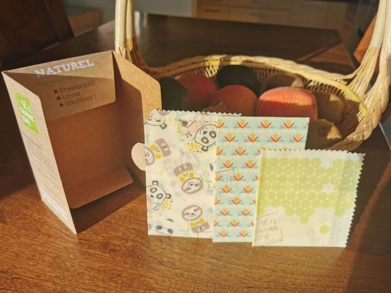 Un des packs du Carré Ciré contenant 3 tailles de bee wraps : S, M & L.