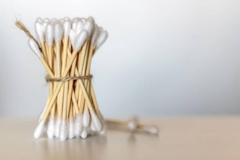 Remplacer le coton tige en plastique par du bambou